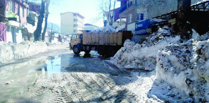 Akçatekir'i deprem değil KAR vurdu