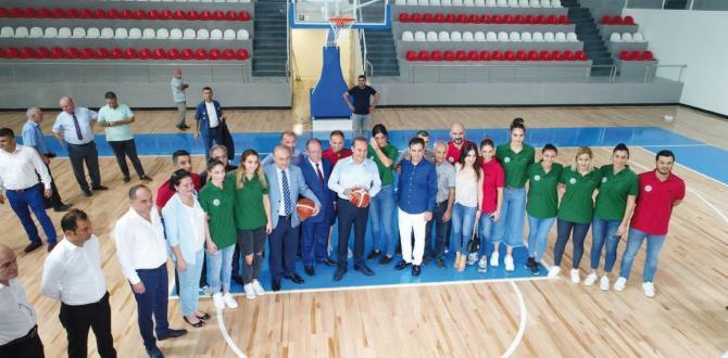 ASKİ Atatürk Spor Salonu'nda ilk basket Başkan Sözlü'den