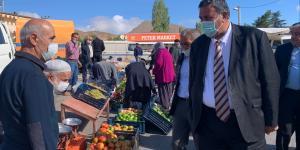 CHP Milletvekili Gürer, Çamardı pazarını ve esnafı ziyaret etti.