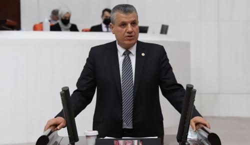 Ayhan Barut üniversite öğrencilerine yurt ve kira desteği verilmesini istedi
